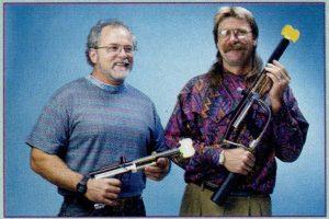 Bud Orr, a WGP alapítója (balra)